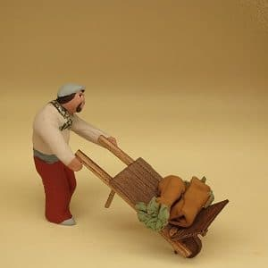 homme avec brouette de cardons santons arlatenco